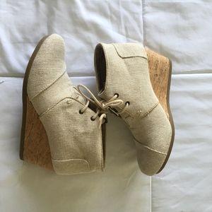 917e81d1226f Tom s Shoes - TOM S NATURAL METALLIC LINEN DESERT WEDGE BOOTIE